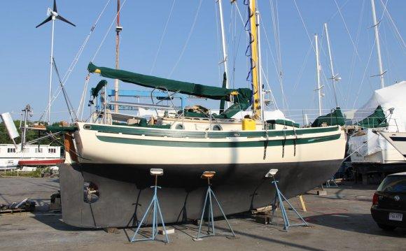 Full keel and long waterline