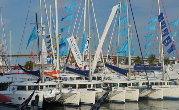 2012 Miami Boat Show Strictly
