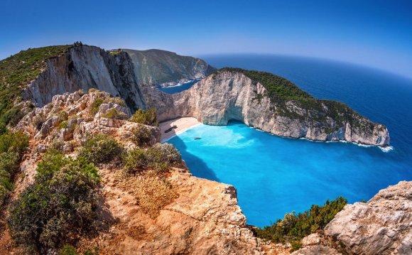 Sailing Holidays in Zakynthos