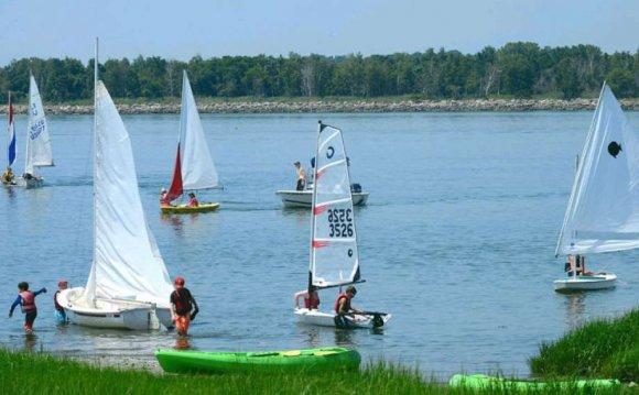 The Norwalk Sailing School
