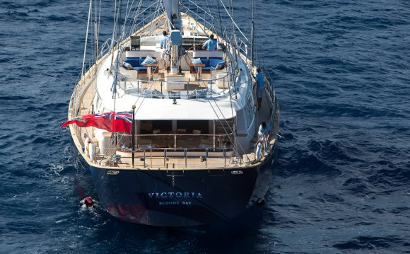 Sailing yacht VICTORIA - Aft