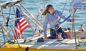 Abby Sunderland, teenage sailor