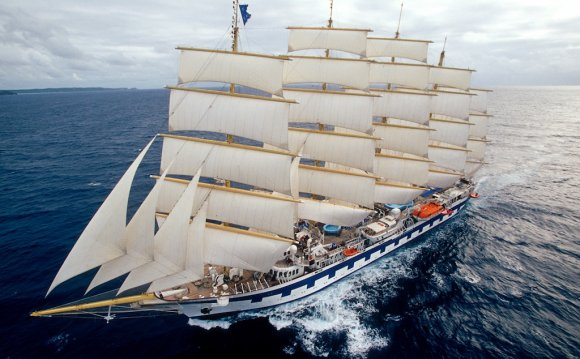Royal Clipper sailing ship